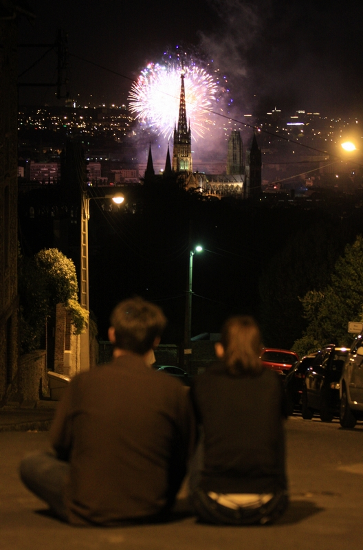 Feu_d_artifice_rouen_cathedrale_078bfb
